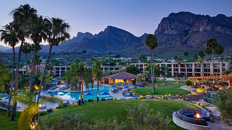 hilton tucson el conquistador golf tennis resort pool at dusk