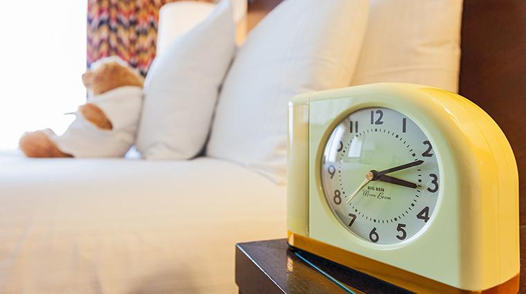 Hotel 43 clock