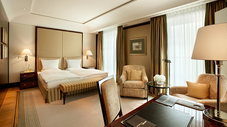 Adlon Kempinski executive room
