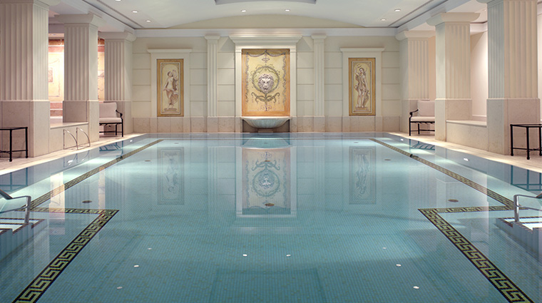 Adlon Kempinski pool