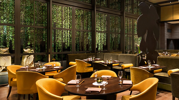 Adlon Kempinski restaurant vines