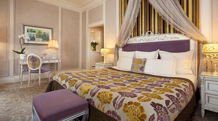 hotel balzac deluxe room