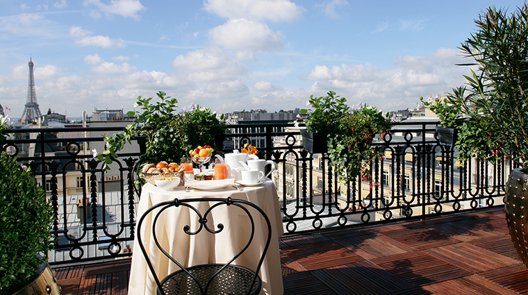 hotel balzac royal suite breakfast terrace