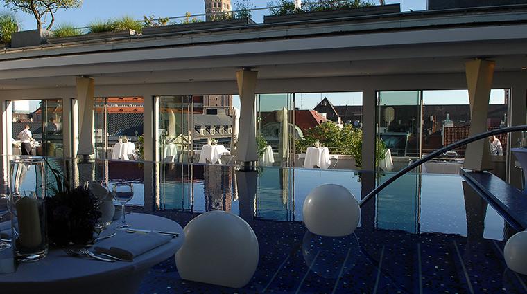 Bayerischer Hof pool