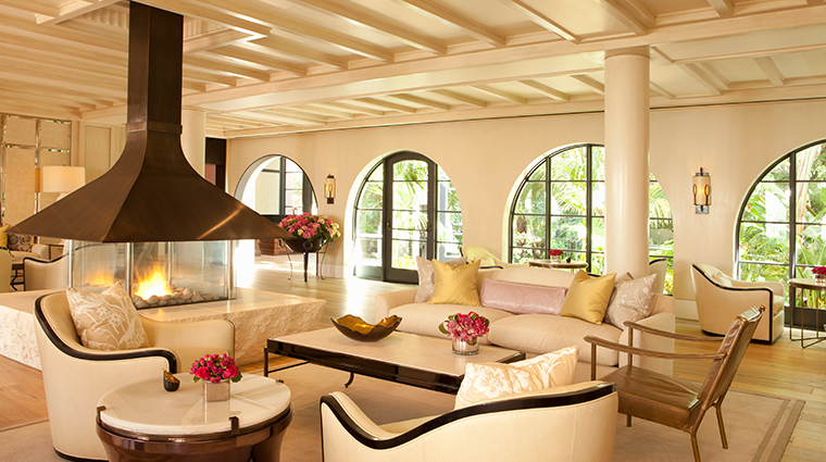 hotel bel air lobby lounge