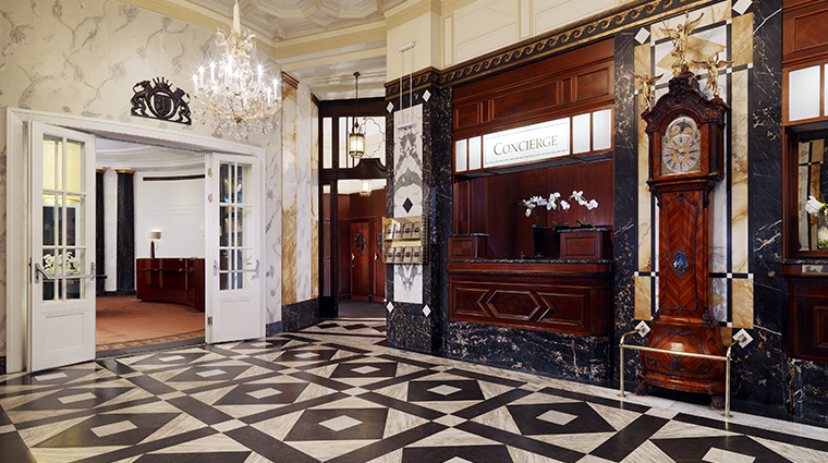 hotel bristol a luxury collection hotel entrance