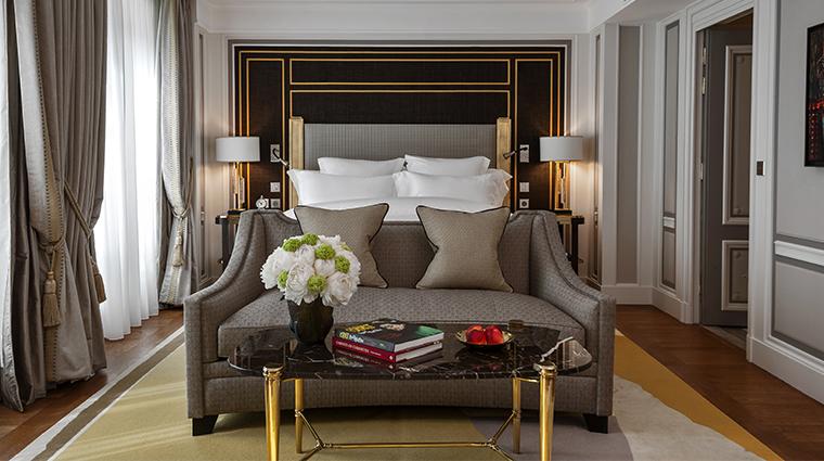 hotel de crillon a rosewood hotel Grand Premier Room