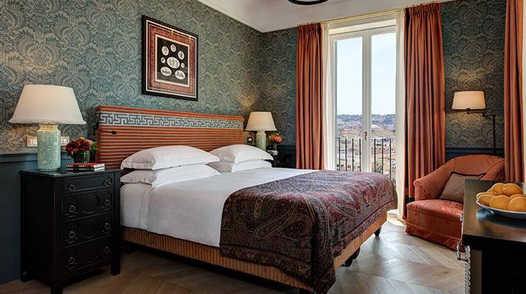 hotel de la ville De La Ville Suite bedroom