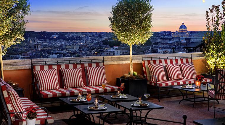 hotel de la ville cielo bar night