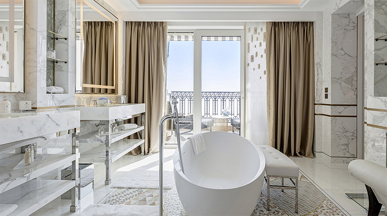 hotel de paris monte carlo diamond suite sea view bathroom