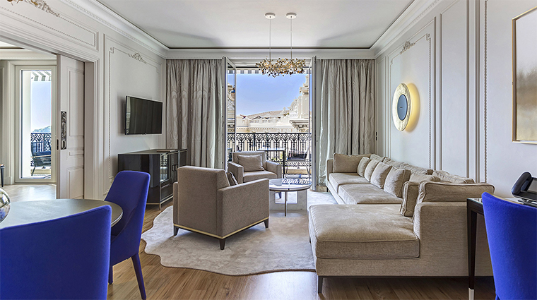 hotel de paris monte carlo suite city view living area