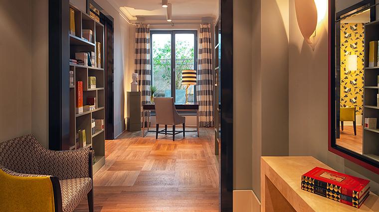 Hotel de Rome bebel suite hallway