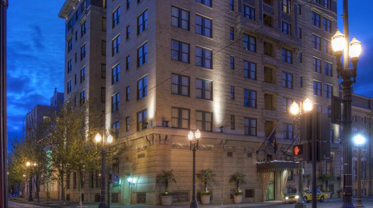 hotel deluxe exterior