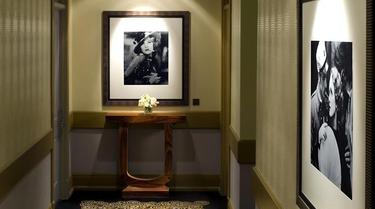 hotel deluxe guestroom corridor