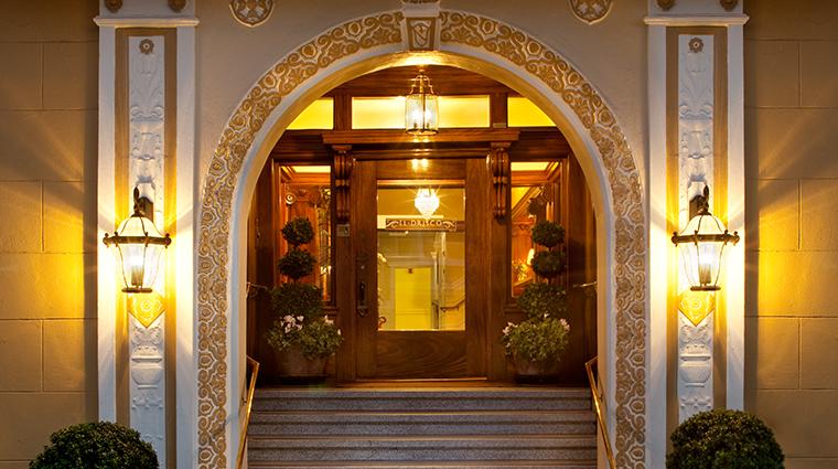 hotel drisco entrance