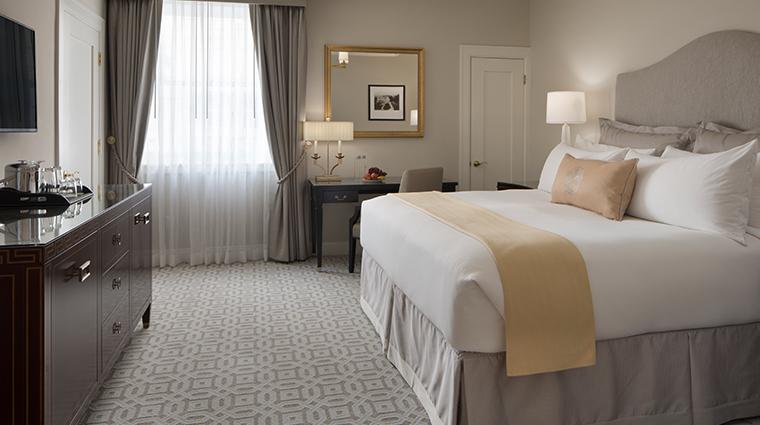hotel drisco guestroom4