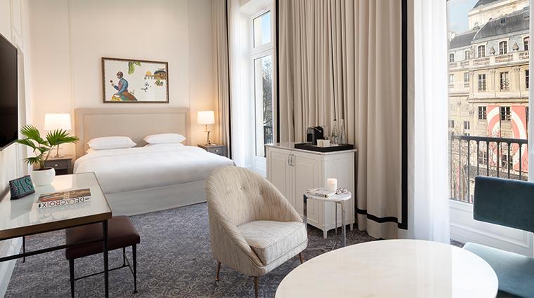 Hotel Du Louvre Junior Suite View