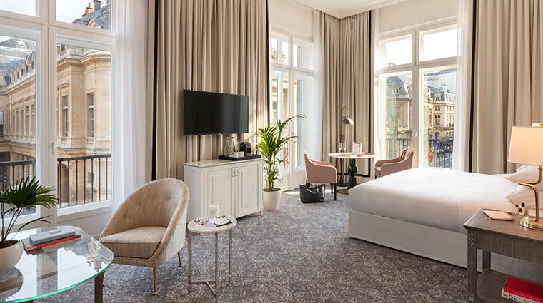Hotel Du Louvre Palais Royal Suite Wide Angle