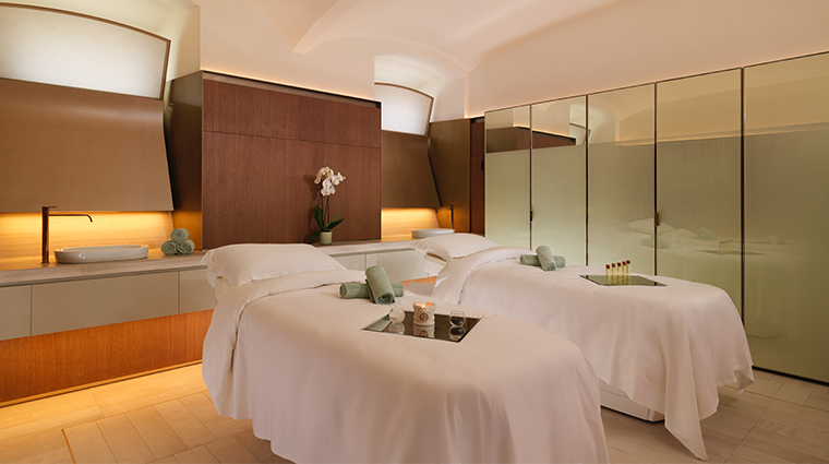 hotel eden spa double treatment room
