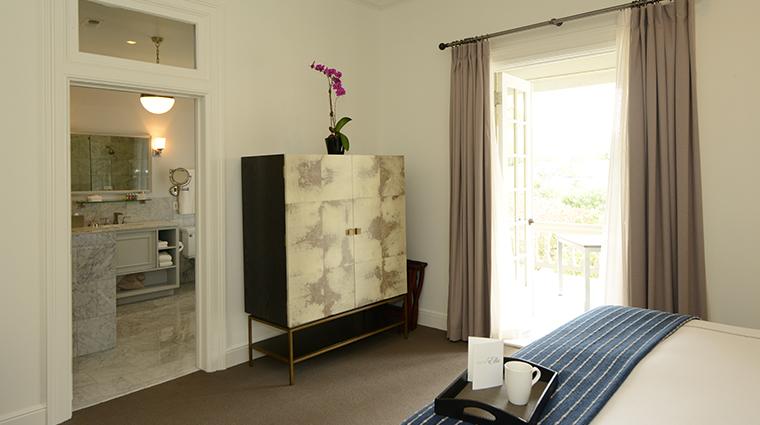 hotel ella guestroom