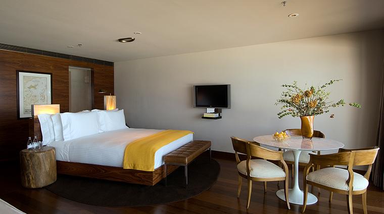 Fasano Rio de Janeiro suite table