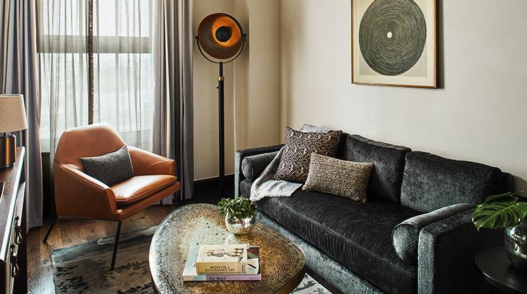hotel figueroa deluxe suite living