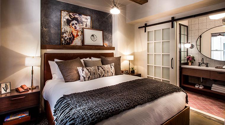 hotel figueroa junior suite