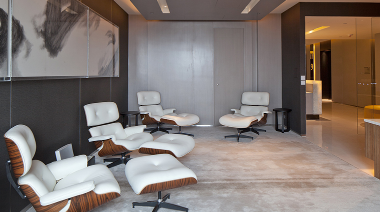 Hotel Icon eames chairs