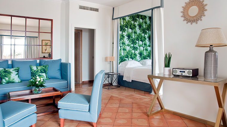il pelicano deluxe sea view bedroom