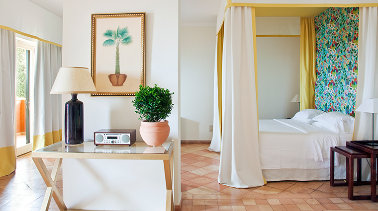 il pelicano deluxe sea view room
