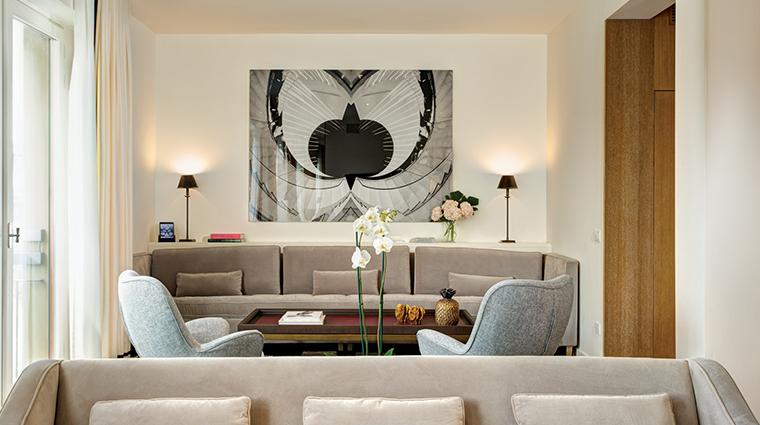 hotel lungarno river vew sitting area