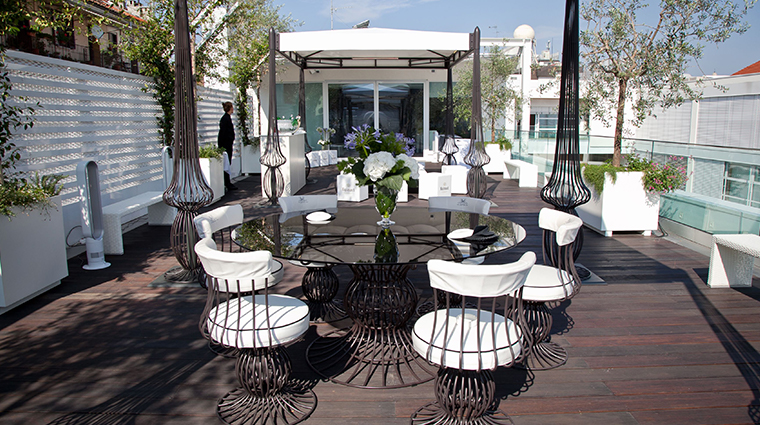 hotel magna pars suites milano roofdeck
