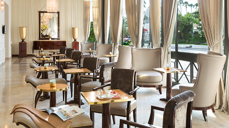 hotel barriere le majestic bar lounge
