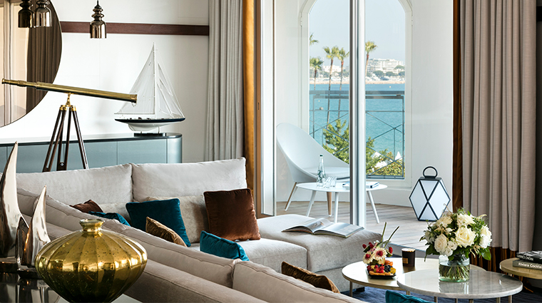 hotel barriere le majestic suite sea view