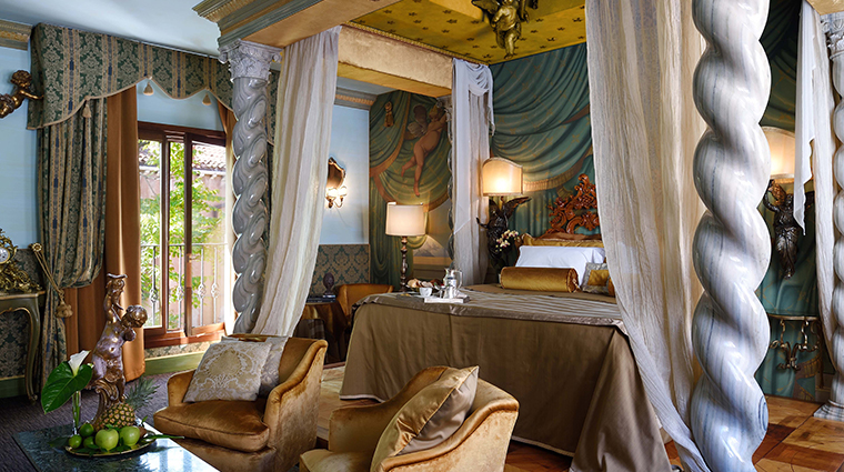 hotel metropole venice queen anne exclusive suite