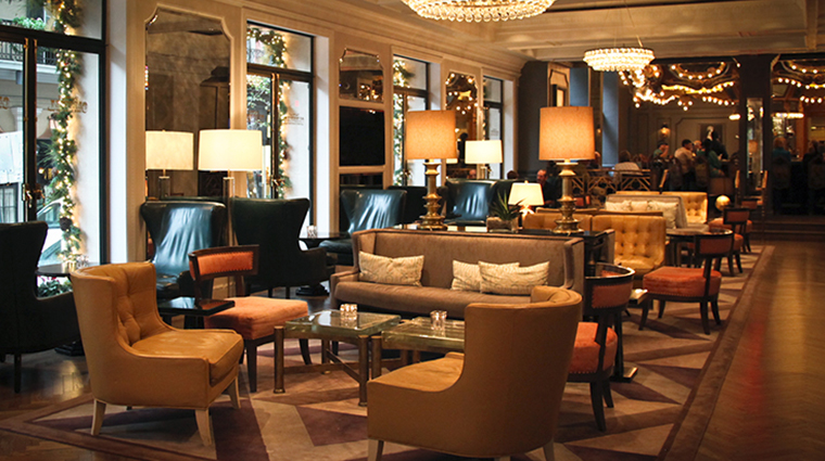 hotel monteleone lobby lounge