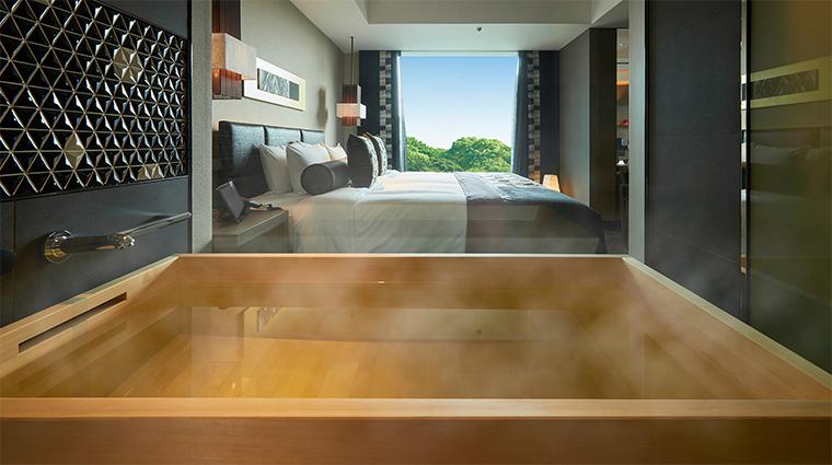 hotel new otani tokyo the main Shin Edo tub