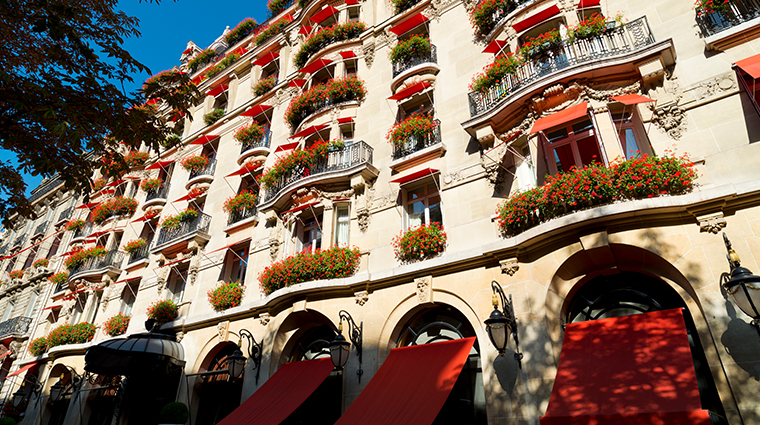 hotel plaza athenee facade