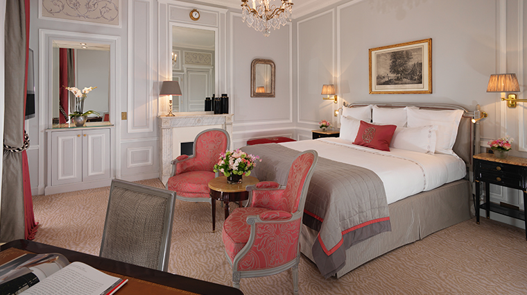 hotel plaza athenee superior room