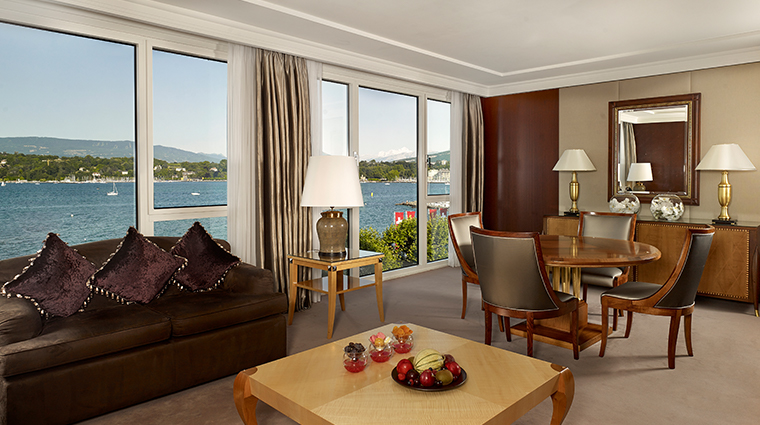 hotel president wilson a luxury collection hotel crown suite living room