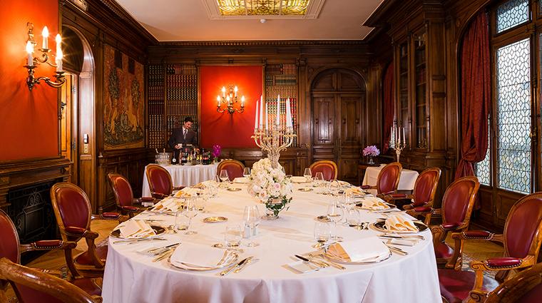 Hotel Raphael dining