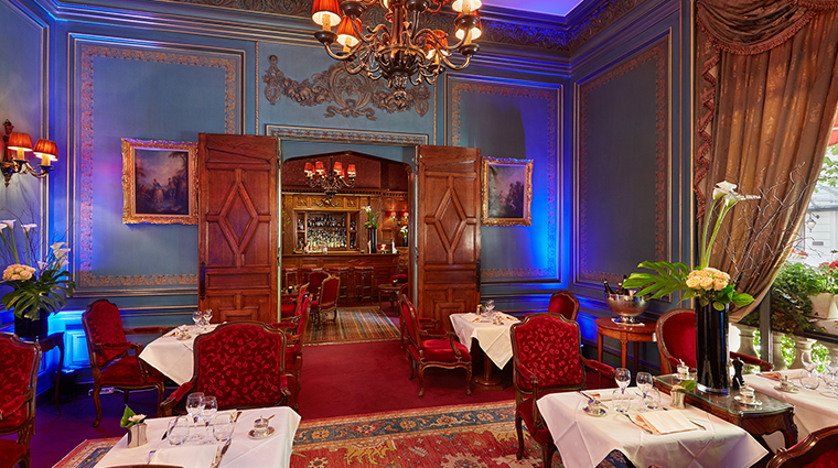 Hotel Raphael lounge