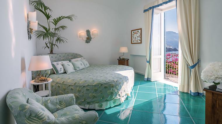 hotel santa caterina guestroom