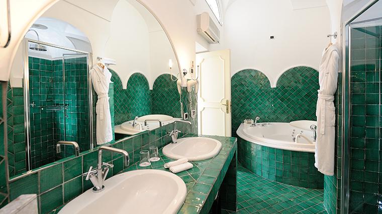 hotel santa caterina junior suite bathroom