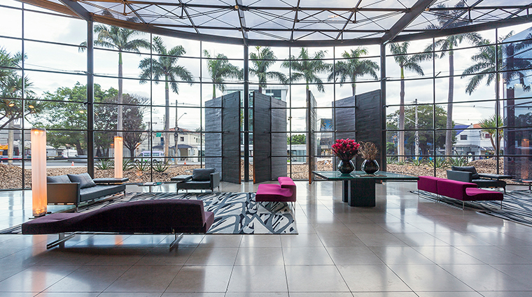 hotel unique lobby