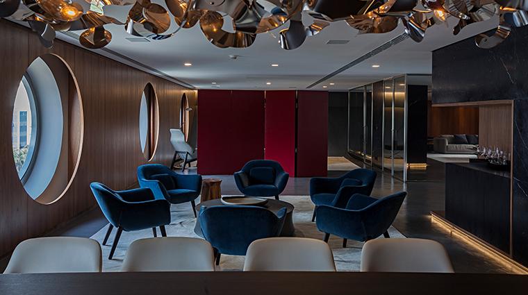 hotel unique sitting area
