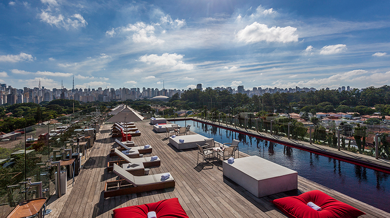 hotel unique skye pool
