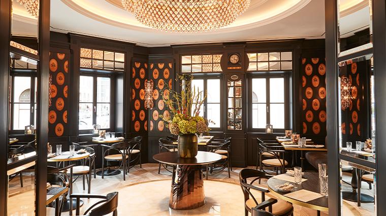 hotel vier jahreszeiten kempinski munich Schwarzreiter Tagesbar2