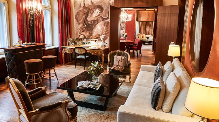 hotel vier jahreszeiten kempinski munich ludwig suite