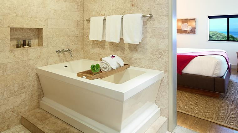 hotel wailea bath
